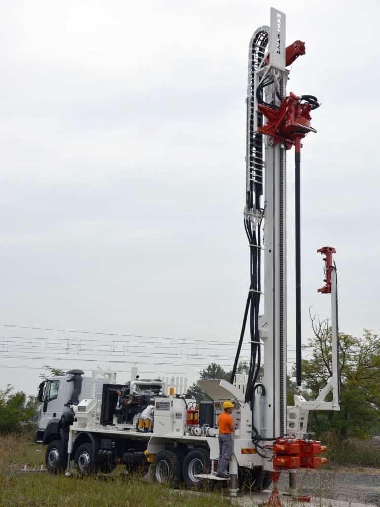 Videos - Massenza mI28 drilling rig - www massenzarigs it